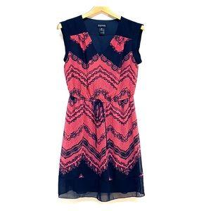 ENFOCUS • Lace Print V-Neck Petite Dress